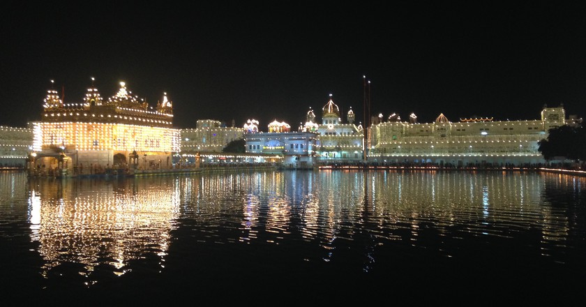 Golden Temple on Guru Parab, Amritsar | © Sangita Sinha