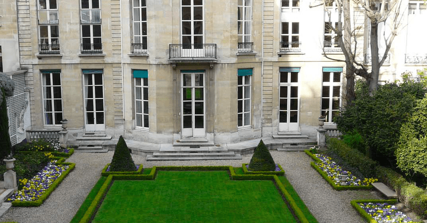 Garden of Les Editions Gallimard