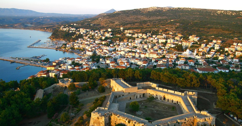 Costa Navarino's local town of Pylos | Courtesy of Costa Navarino