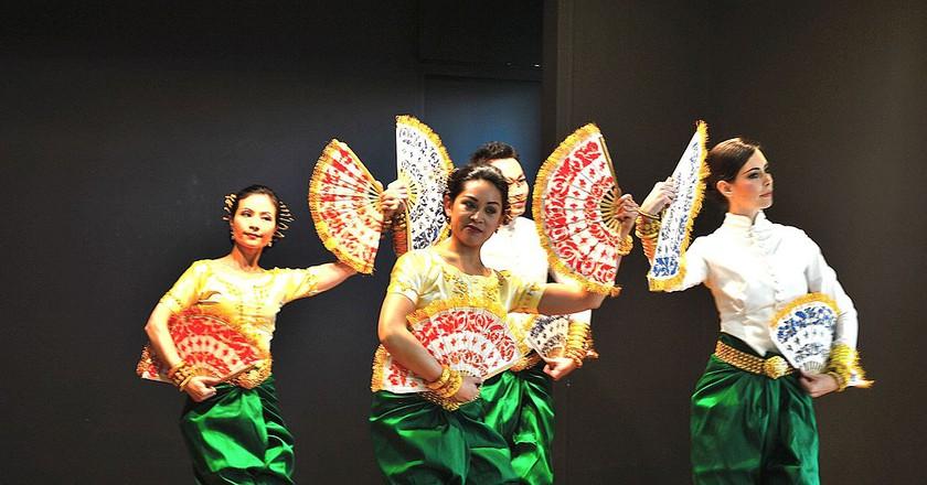 Cambodian Dance © Rdghalayini/Wikipedia