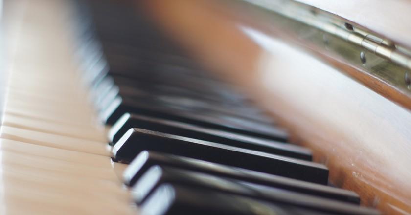 Piano keyboard | © darrenleno/Flickr