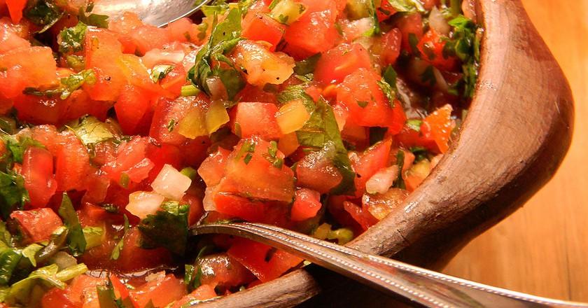 Pebre con tomate | © Sebastian Ignacio Saavedra Meza/WikiCommons