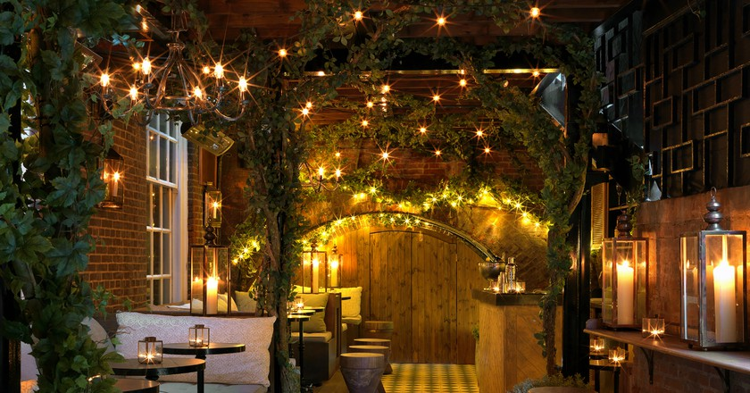 Outdoor bar   Courtesy of The Bloomsbury Club Bar