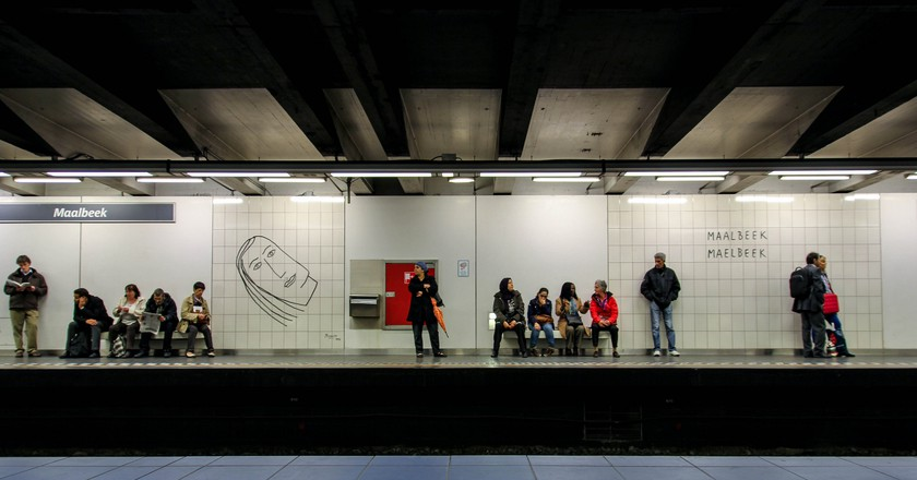 The Maelbeek metro station with artwork by Benoît | © Ståle Grut/Flickr