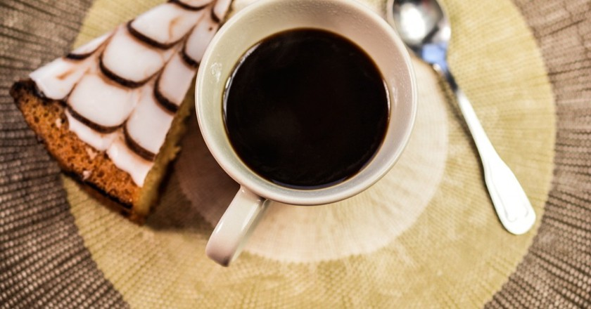 Coffee and cake    © monicore/PixaBay