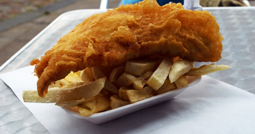 Fish & Chips / George Hodan