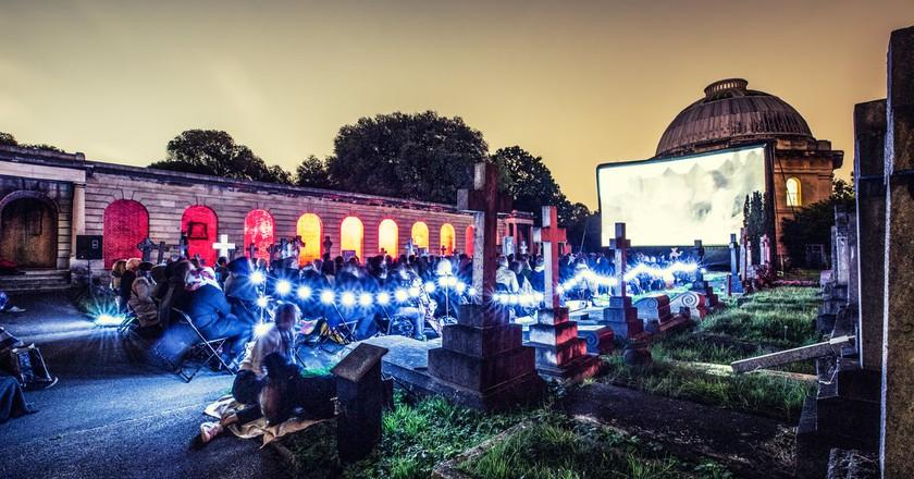 Nomad Cinema at Brompton Cemetery, 2015| © SarahGinn/Nomad Cinema