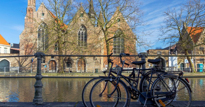 Bruges is a bicycle kind of area in and outside of its city walls   © Savolio70/Flickr
