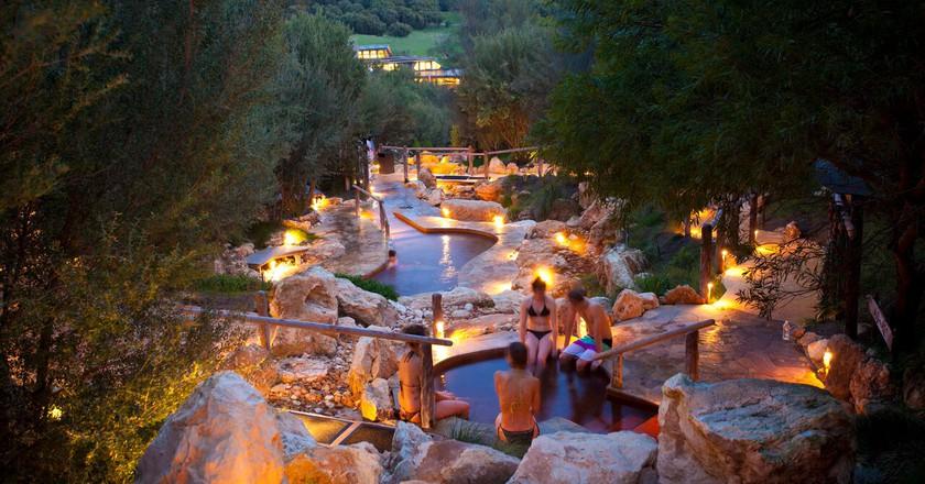 Bathing gully at twilight | Courtesy of Peninsula Hot Springs