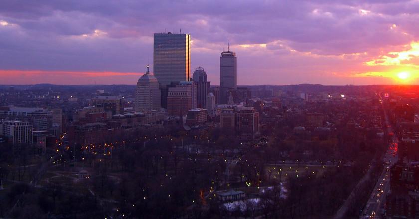 Boston at sunset|©walknboston