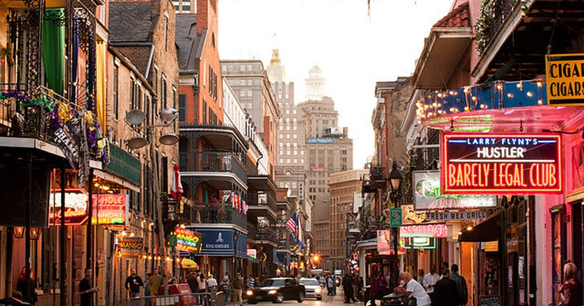 Looking up Bourbon Street towards the Central Business District, New Orleans | © Chris Litherland/WikiCommons