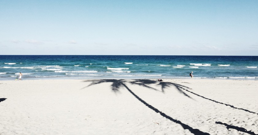 Beach Sand Blue | © Pexels