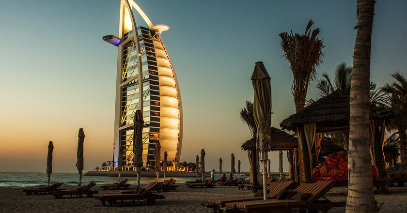 The History Of The Burj Al Arab In 1 Minute