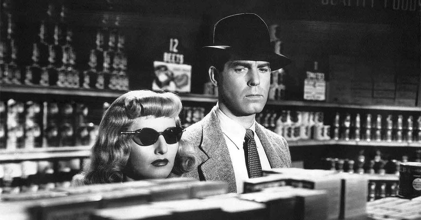 Fred MacMurray and Barbara Stanwyck in Double Indemnity | © Paramount Pictures