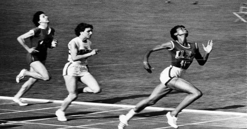 Wilma Rudolph wins the 100-meter dash in the 1960 Olympics   © WikiCommons