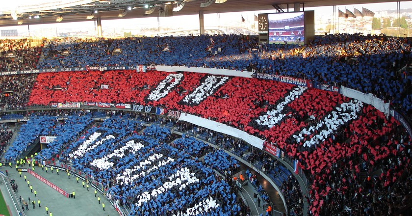 The PSG fans in a game against Marseille | © en.wikipedia.org