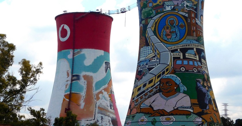 Orlando Towers, Johannesburg © Adamina/Flickr