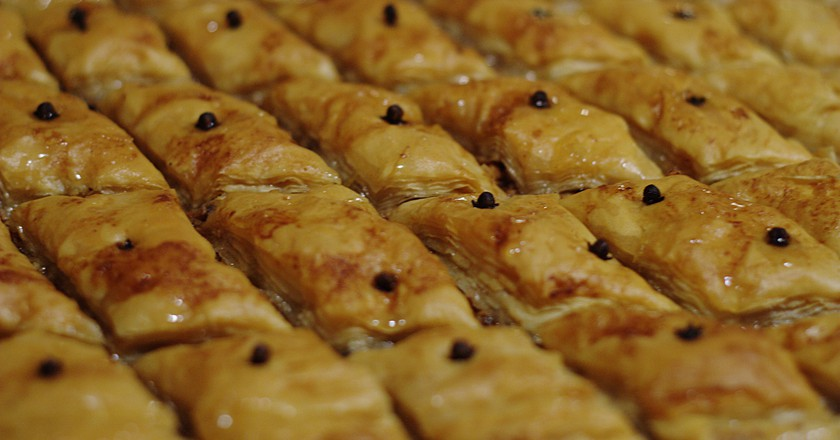 The History of Baklava in 1 Minute