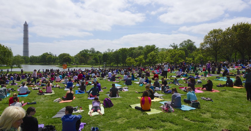 Yoga On the Mall | ©Ted Eytan/Flickr