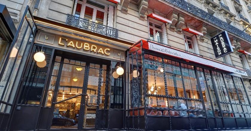 the best 24 hour restaurants in paris