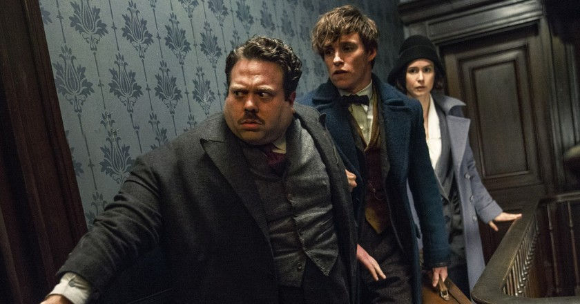 Dan Fogler, Eddie Redmayne and Katherine Waterston | © Warner Bros