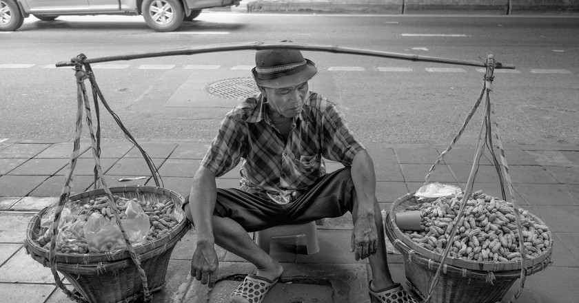 Peanut Salesman in Bangkok  | ©  Courtesy of Tord Remme