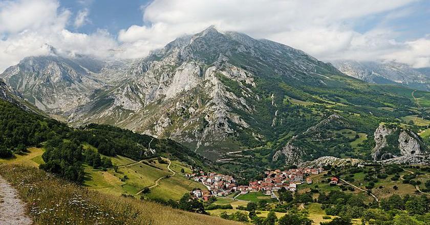 Picos de Europa   © MickStephenson