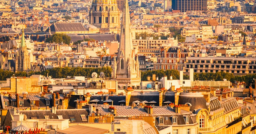 View on Tour Montparnasse and Les Invalides, Paris © S.Borisov / Shutterstock