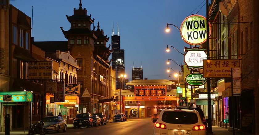 best friday night bars chicago