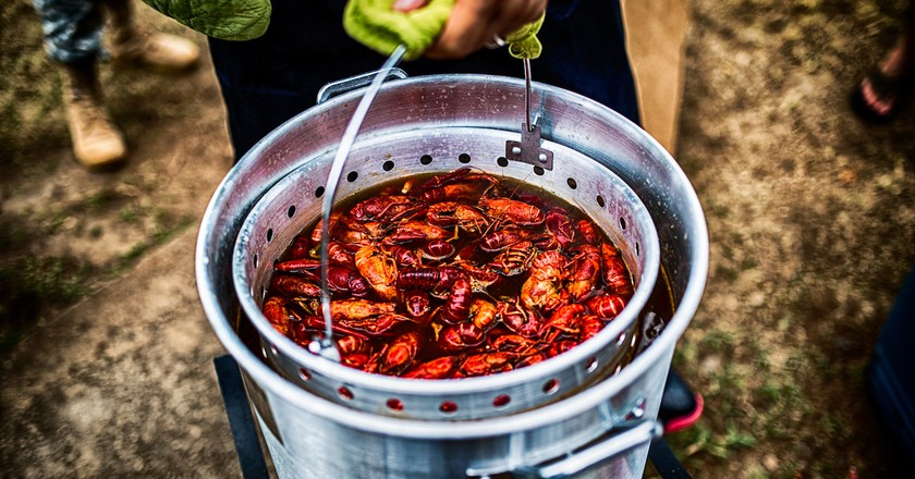 Bucket of Crawfish | © Johnny Silvercloud/Flickr