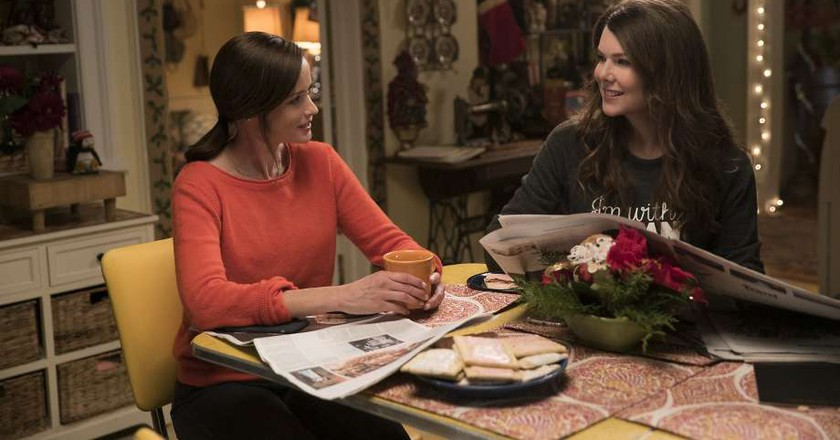 Rory's a Hotter Mess Than Lorelai in 'Gilmore Girls' Revival