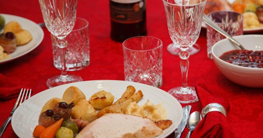 Christmas dinner © Petr Kratochvil/Public Domain Pictures