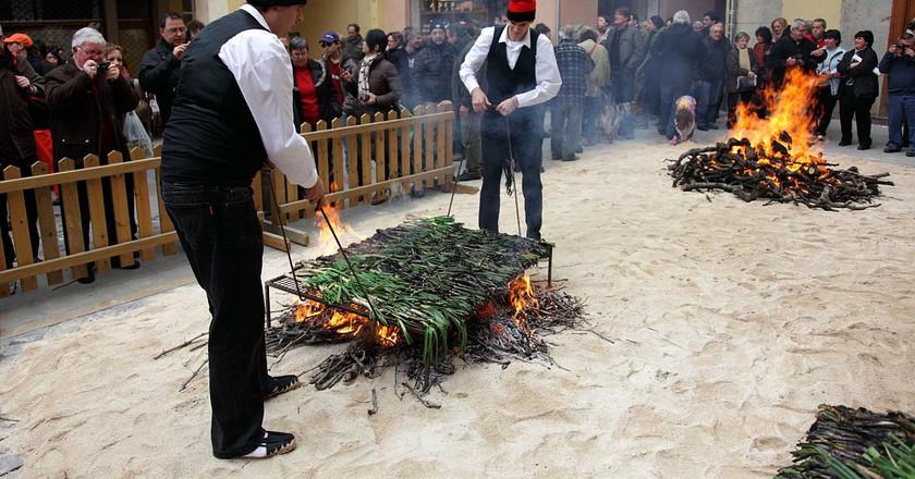 Calçot Festival, Valls, Catalonia   ©flydime / Wikipedia