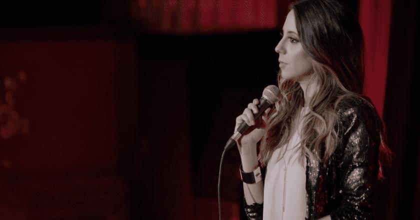 Screenshot from 'Expuesta' | © Netflix
