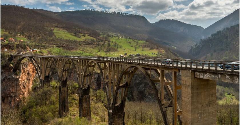 Majestic Tara Bridge   © Arno Hoyer / Flickr
