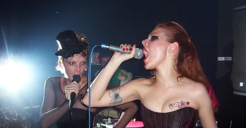 Live performance at Fosfobox |© rafael.82ml/Flickr