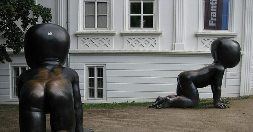 David Cerny's babies near the Kampa Museum | © Achim Hepp / Flickr