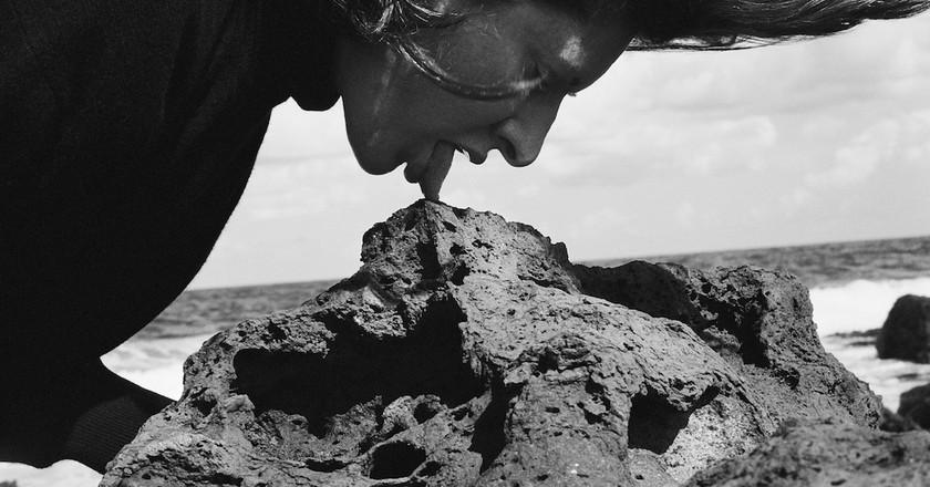 Marina Abramović, Stromboli III Volcano, 2002 Courtesy Marina Abramović Archives. Photo: Paolo Canevari © Marina Abramović / Bildupphovsrätt 2016