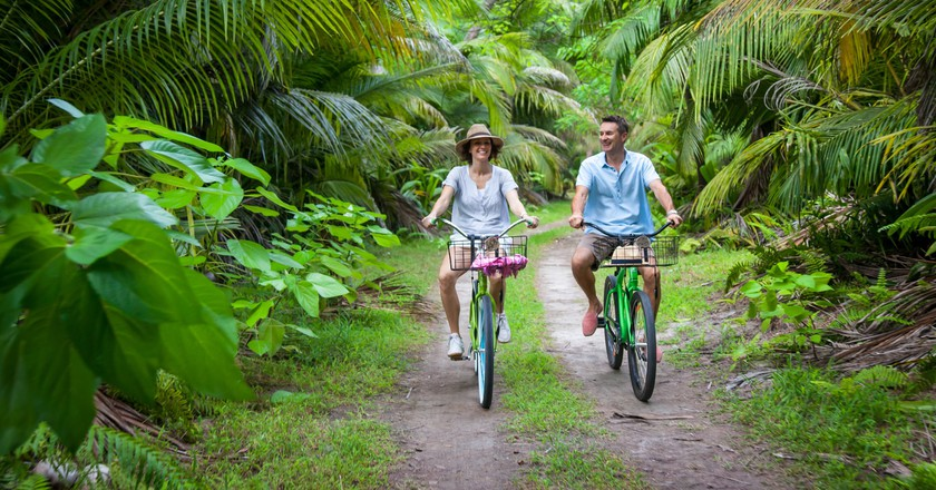 Cycling Seychelles. © Alphonse Island Resort