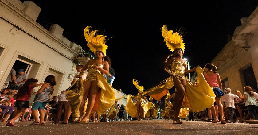Carnaval dancers in traditional costume © Jimmy Baikovicius / Flickr