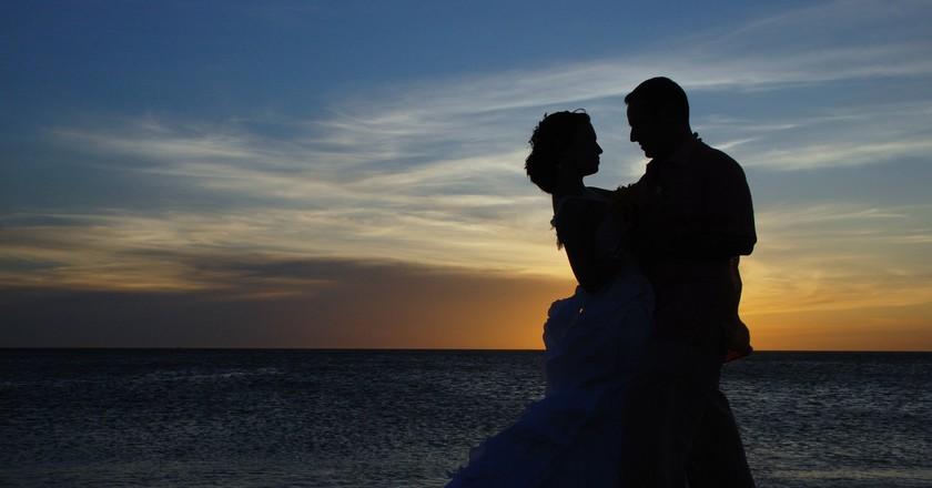 Couple on Beach | Pixabay