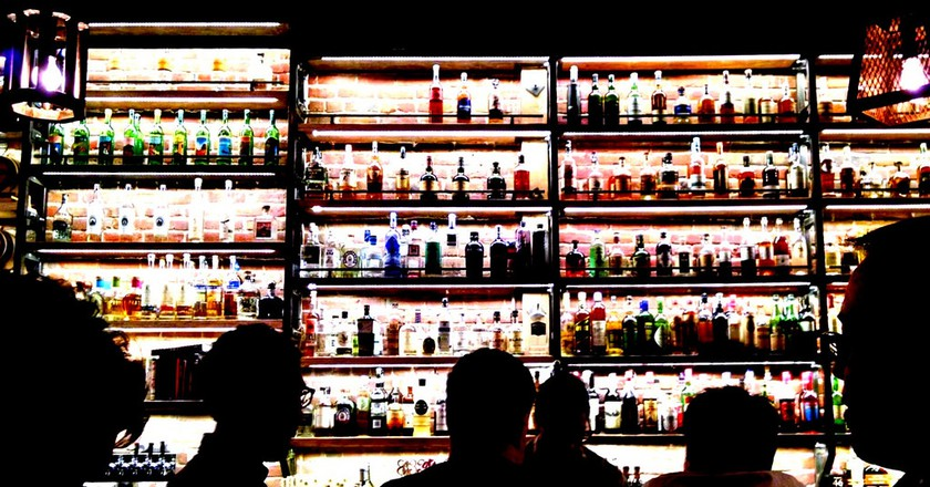 Late Night Drinks | © Travis Wise/Flickr