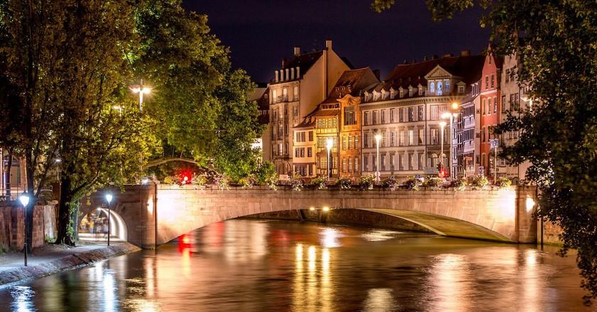 Strasbourg Bridges by Night ©Caroline Alexandre / Flickr