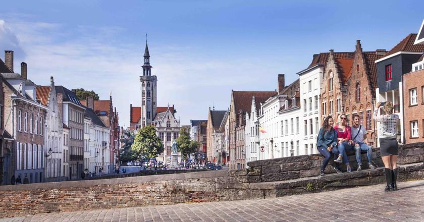 A view of the Burgher's Lodge on Bruges' Jan Van Eyck Square   © Jan D'Hondt / courtesy of Toerisme Brugge