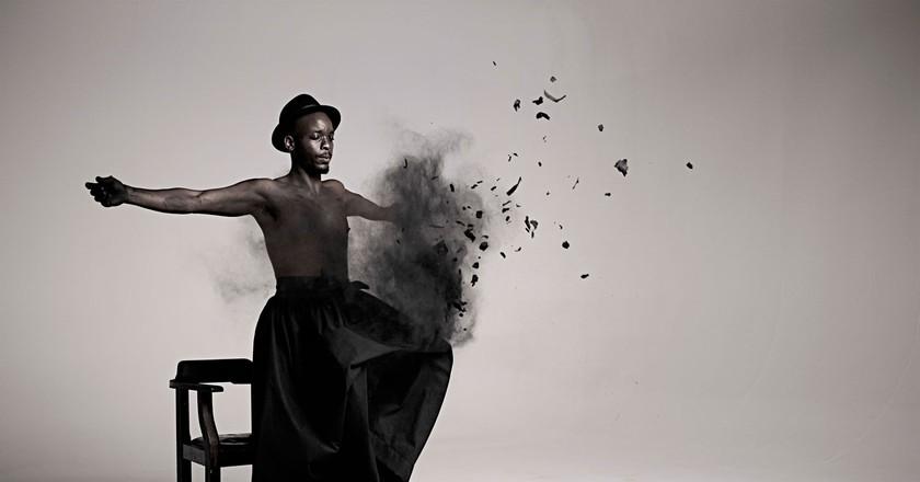 Inzilo (2013) Still from video © Mohau Modisakeng