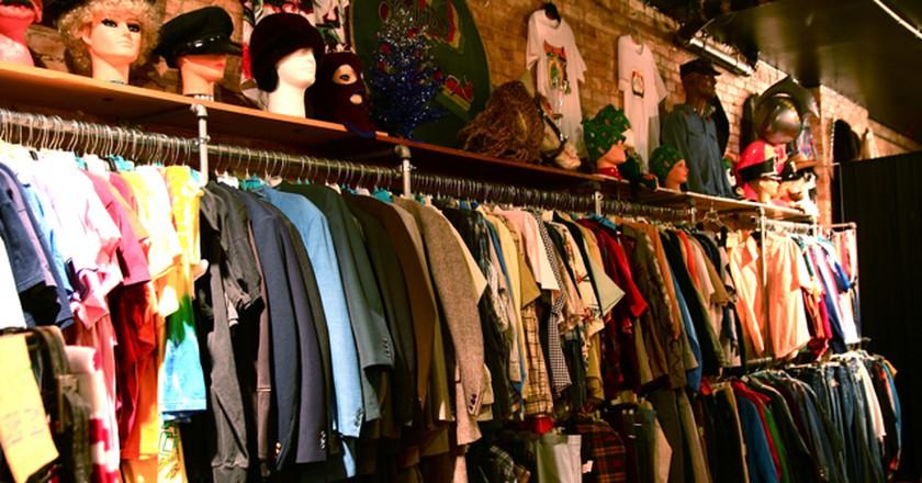 Vintage shopping   ©Steven Depolo/Flickr