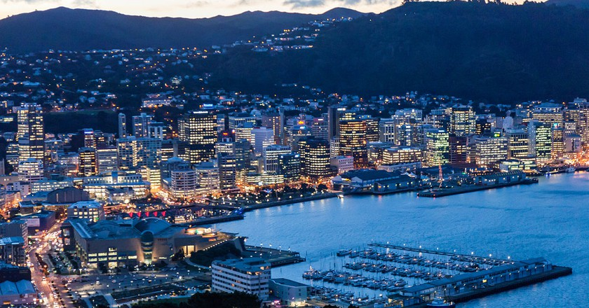 Wellington City at Dusk | © russellstreet/Wikimedia Commons