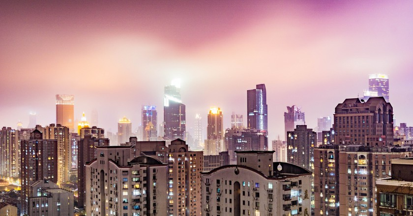 Purple Shanghai Sky | © David Leo Veksler/Flickr