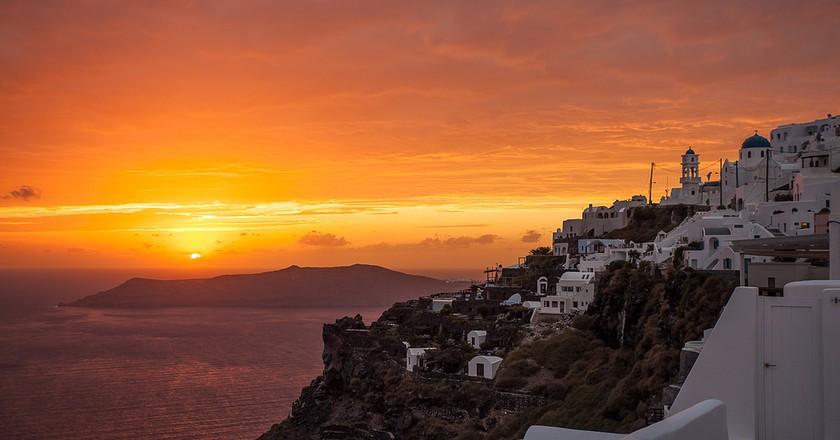 Santorini's notorious sunsets    © Tom Godber/Flickr