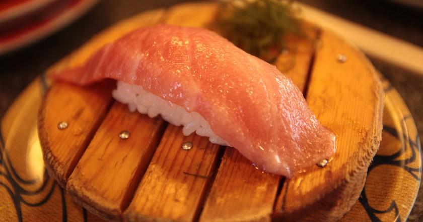 Dish from a high-end kaiten sushi-ya   © Norio NAKAYAMA / Flickr